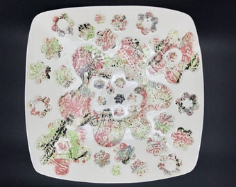 Large ceramic fruit bowl/serving bowl, funky floral pattern, handmade in Scotland, for kitchen, dining or home decor, in pinks, greys, limes