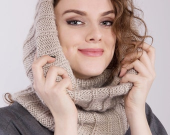 Knit woman scarf - Australian winter - hand knitted snood - scarf and a hat