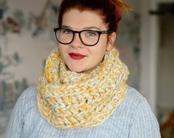 Butterscotch, chunky knit, infinity scarf