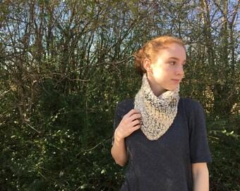 Crochet Bandana Neck Warmer / Chunky Neck Warmer / Bandana Cowl / Chunky Knit Cowl / Winter Chunky Cowl
