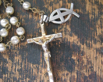 Sweet white faux pearl Rosary