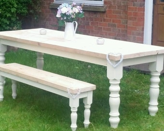 Gorgeous shabby chic solid pine farmhouse table 6ft and 8 chairs