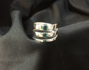 Sterling silver wrap around ring size 8