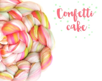 Blended tops - 23 micron Merino wool - Milk protein - Mulberry silk - 100g - 3.5oz - Pink - Green - CONFETTI CAKE