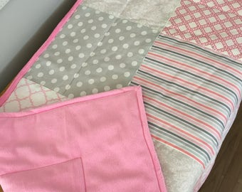 Quilt for baby, girl grey/pink