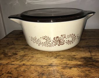 Vintage Pyrex Brown Homestead casserole/Pyrex 70's Homestead Dish/Pyrex Corning Casserole/Homestead Pyrex 475 lid/Pyrex Homestead collection