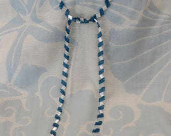 Bamboo beaded lariat Blue color