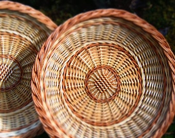 serving tray, Wicker basket, Bread basket, Woven baskets, Rustic basket, Mothers day gift, Photo Props, Wicker tray, Round tray, Fruit tray