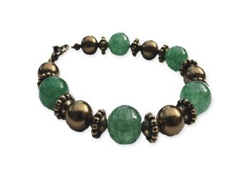 Aventurine and swarovski pearl bracelet