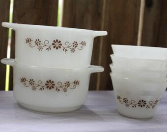Daisy Dynaware Set Vintage 1960's Brown Floral Bowls Custard Cups Casserole Dish Milk Glass Pyrorey Termacrisa Ovenware Retro Kitchen