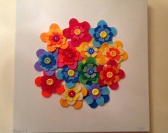 Beautiful Handcrafted 'Flower Circle' Canvas