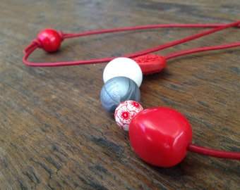 Red to White with a Splash of Silver // Beaded Necklace on Leather