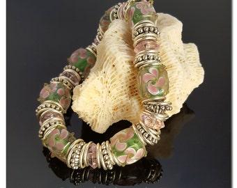 Flower Bracelet, Lampwork Bracelet, Beaded Bracelet, Floral Jewelry, Spring Jewelry, Dainty Bracelet, Handmade Jewelry, Mothers Day Gift