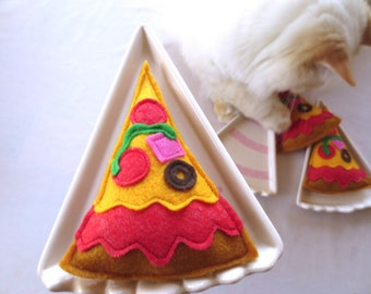 Cat toys Catnip Pizza Catnip toy for cat gift for cat lover organic catnip toy unique cat toy cute cat toy handmade felt cat toy birthday