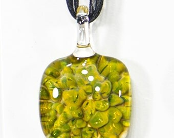 Croceyes teardrop pendant