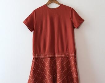 CLEARANCE vintage 1960s wool dress // 60s wool shift dress