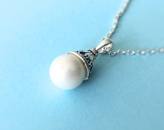 Pearl pendant necklace, sterling silver pearl necklace, bridesmaid gift, sterling silver necklace, sterling silver chain, JP0056