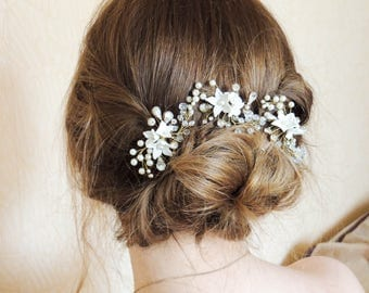 Pearl bridal hair pins Wedding Hair Pins Swarovski Hair Pins Bridal Hair Adornment Crystal hair comb branch hair pin Set of 3 Hair Pins