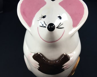 Super Cute Mouse Cookie Jar Hand painted Trish and Art April 7, 1979