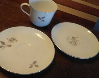 Set of 2 Cups and saucers.