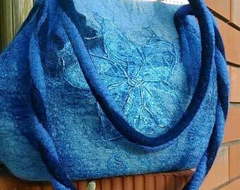 Сумочка из шерсти.Handbag made of wool.