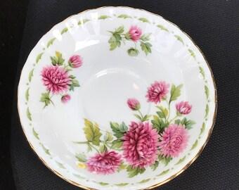 Vintage Royal Albert Flower of the Month series November Chrysanthemum Saucer