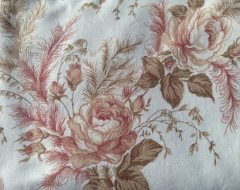 Vintage floral bedsheet, Roses and feathery grasses. Single flat sheet.