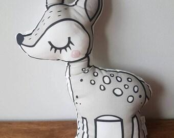 Deer Pillow / Novelty Pillow / Decorative Cushion / Kids Decor / Character Pillow / Pillow / Kids Pillow / Decorative Pillow