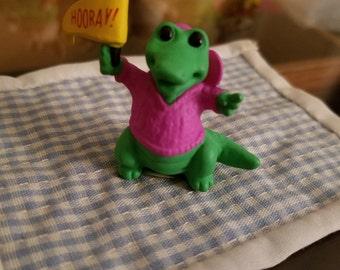 Halloween Hallmark Merry Miniature 1989 Alligator with Hooray! Pennant wearing cap & hoodie