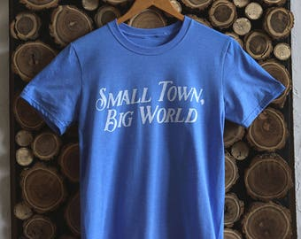 Small Town | Tee