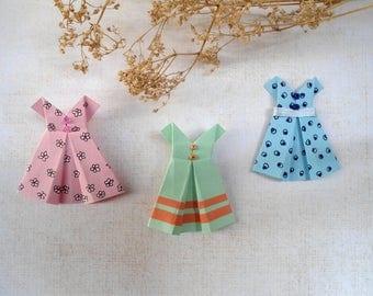 September origami dresses, paper clothes, paper clothes, miniature clothes, pink dress, green dress, blue dress.