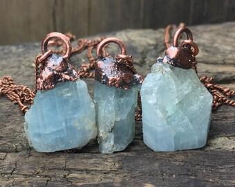 Raw aquamarine necklace / Aquamarine crystal necklace / March birthstone necklace / Aquamarine necklace / Copper / Gift for her / Aquamarine