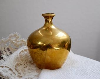 Vintage gold round vase, Mid Century Gold Round Vase, Vintage Gold Vase, Vintage Round Vase, Vintage Home Decor, Housewarming Gift