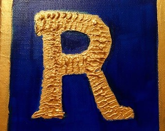 R monogram canvas block