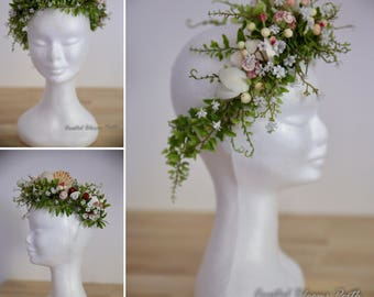 Flower Crown with Shell Detail