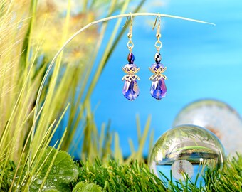 Fairies Dewdrops - earrings / / polished glass beads, faceted beads / drops / blue / gold / brass / lovely / fantasy