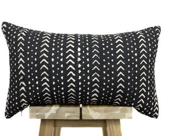 Mudcloth Pillow Cover, African Mud Cloth,  Black and White | 'Sheba'