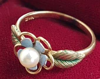 Gorgeous vintage 14K Krementz gold flower ring with enamel and pearl