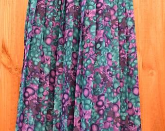 Retro Fun Bubble Effect Purple and Green Skirt