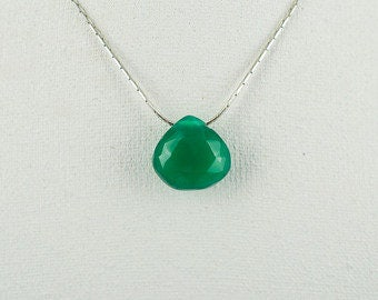 Beautiful Faceted  Chrysoprase Pendant with Silver Necklace