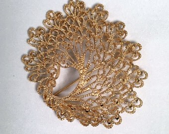 Vintage 1970s Monet Signed Gold Tone Filigree Lacy Brooch-Large-Statement Piece-Windswept