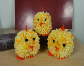 Easter chick chicken Pompon