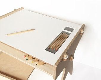 ChinPum desk BR