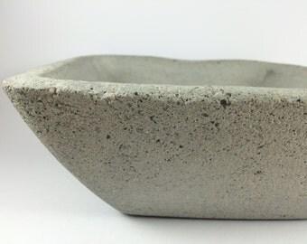 Original concrete centerpiece