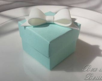 Elegant Tiffany blue favor box with the bow