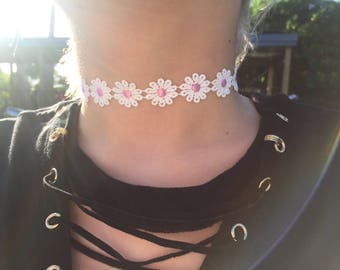 White and Pink flower choker