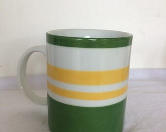 1 Mug collection Duo. Green and yellow. Hand painted porcelain. Ready to ship.