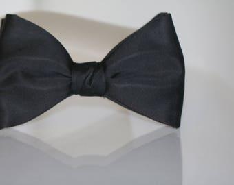 Vintage Black Bow Tie, 1950's Bow Tie,  Bow Tie, Retro  Bow Tie, Vintage Menswear, Signed Ormond, Madmen Tie