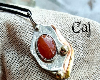 Red Lace Agate Artisan Pendant