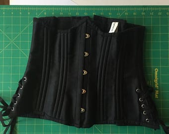 XL Waist training corset made Camellias black